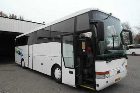 5829-peterbus-01